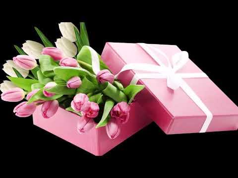 Piękne życzenia Urodzinowe......B...  Montaż : Iwona