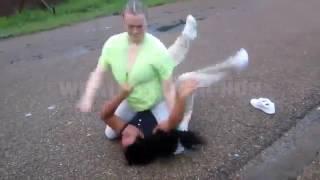 White girl fights black girl