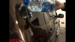 видео Воск для автомобиля, зачем покрывать автомобиль воском и какие виды воска существуют.