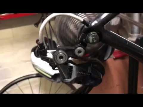 Shimano Dura-Ace 9100. Gear change.