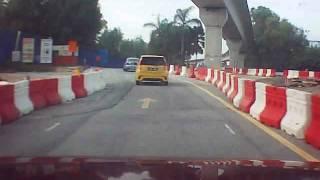 Proton Waja crashed into P.Alza.(Putra Height, S.Jaya, Malaysia)
