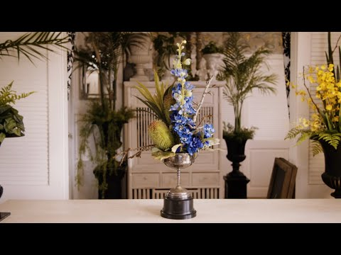 Floristry Design Tutorial: Celebration flowers in a Trophy thumbnail