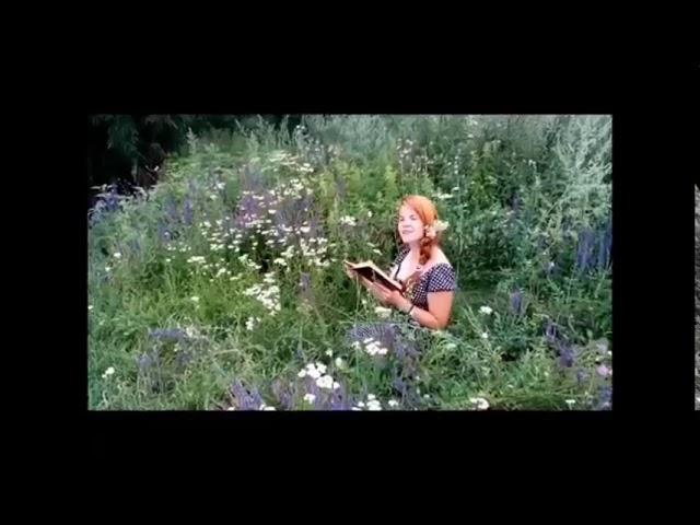 Изображение предпросмотра прочтения – МарияШестакова читает произведение «В небе тают облака» Ф.И.Тютчева