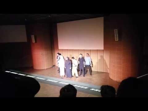 Nonton Drama Musikal - Potret Guruku