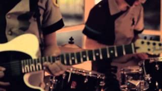 (HD) AUSTIN TV / ELLA NO ME CONOCE - AROUND THE WORLD - DAFT PUNK COVER : AMPLIFICADO (MÉXICO)