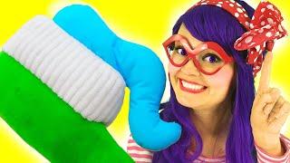 Así es como se lavan los dientes | Canciones Infantiles | Lily Fresh Songs