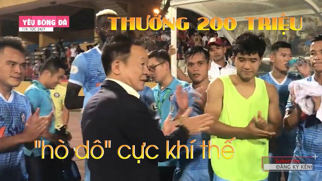 Bầu Hiển thưởng nóng cho CLB Đà Nẵng, động viên Đức Chinh 'chiến đi'