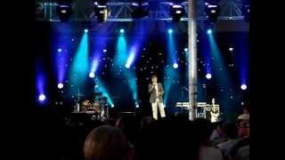 MOV05863  Oogstfeesten  Aalter  2012 ; Jo Vally // In een droom zag ik je staan MPG