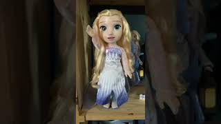 Frozen 2 doll Elsa Singing sing show yourself lips are moving in English Elsa magic in motion