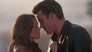Video Ben Affleck Opens Up About Dating Jennifer Lopez During 'Gigli' Days download MP3, 3GP, MP4, WEBM, AVI, FLV Oktober 2017