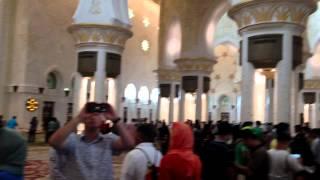 Мечеть шейха Зайда(Это видео создано с помощью видеоредактора YouTube (http://www.youtube.com/editor), 2014-08-21T12:23:47.000Z)