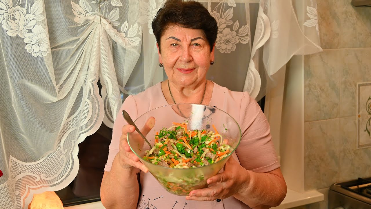 """За рецептом этого САЛАТА охотятся все хозяйки! Ну очень Вкусный Салат """"Охотничий"""""""