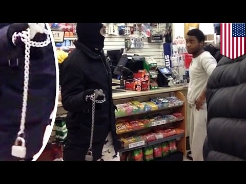 Fight caught on camera: Two brawlers wreak havoc on New York 7-11 store during tussle - TomoNews