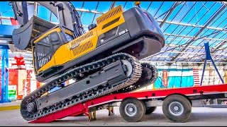 RC truck excavator transport! Heavy haulage at RC Glashaus!