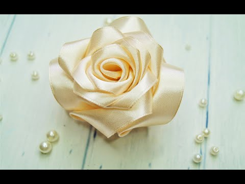 Роза из ленты. Самый простой способ.