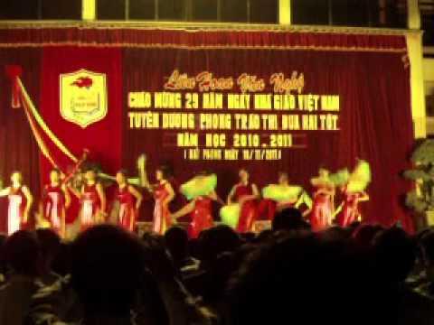 Hội diễn văn nghệ chào mừng 20 -11 - THPT Bạch Đằng