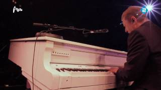 La Vie En Rose - Grace Jones(