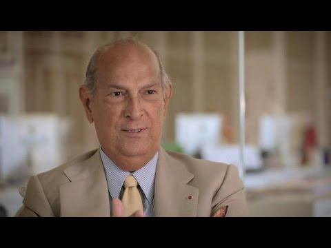 Oscar De La Renta: Inside His World