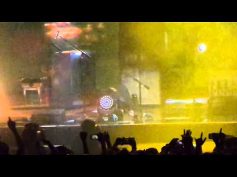 MUSE - Plug in baby, singapore 2015