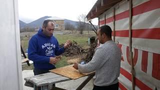 Азербайджанец vs Армянин Крым АРМ в кафе)
