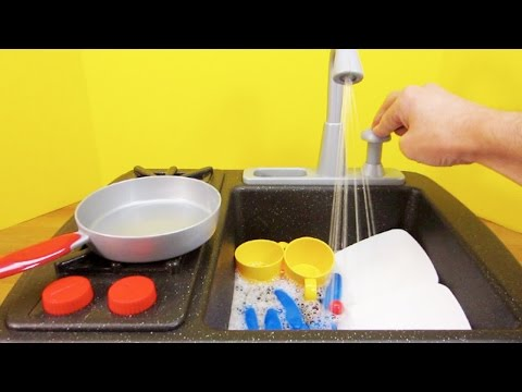 Kitchen Toys for Children - Little Tikes Splish Splash Sink and Stove