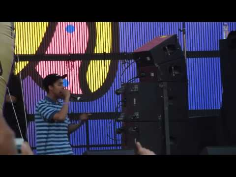 Earl Sweatshirt - Drop - Live @ Camp Flog Gnaw Odd Future Carnival 11-9-13 in HD