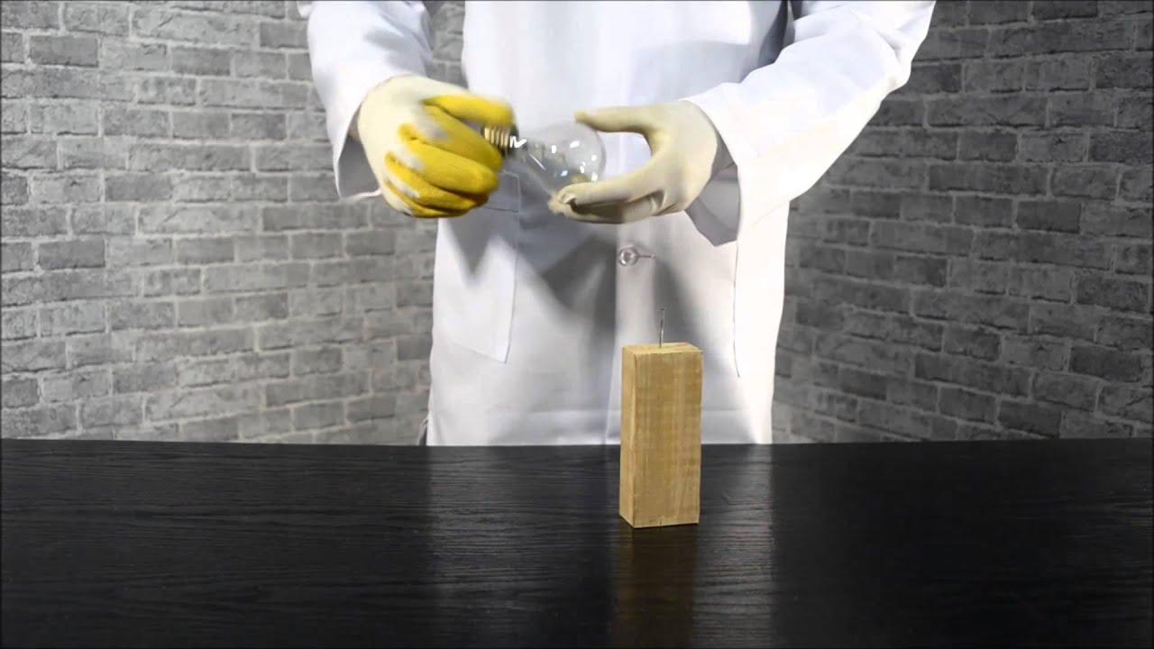 Как забить гвоздь лампочкой/How to hammer a nail lamp