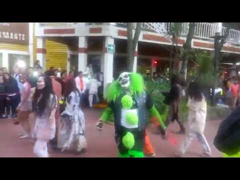 Desfile del festival del terror 2016 en Six Flags   giomego