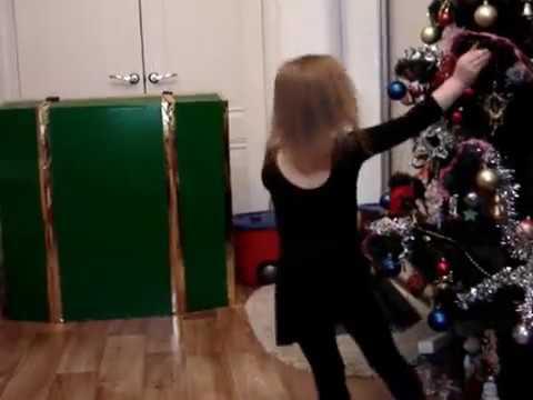 Маша танцует Танец Снежинок