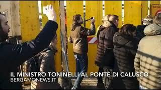 Il ministro Toninelli al ponte di Calusco