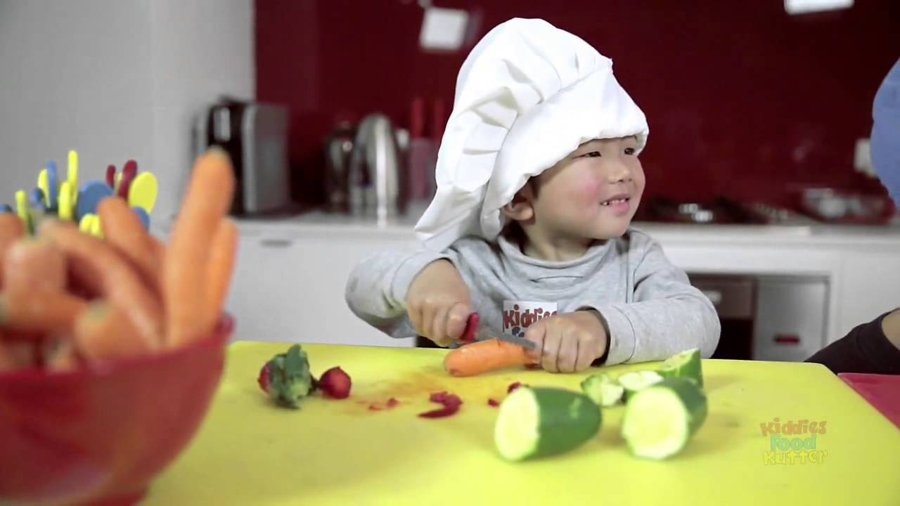 kitchen knives for kids kiddies food kutter kitchen safety knife for kids youtube 1053