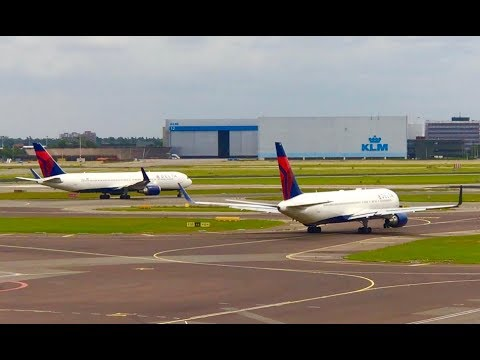 Delta Air Lines Flight Departures from Amsterdam Airport Schiphol to Minneapolis/St. Paul and Boston