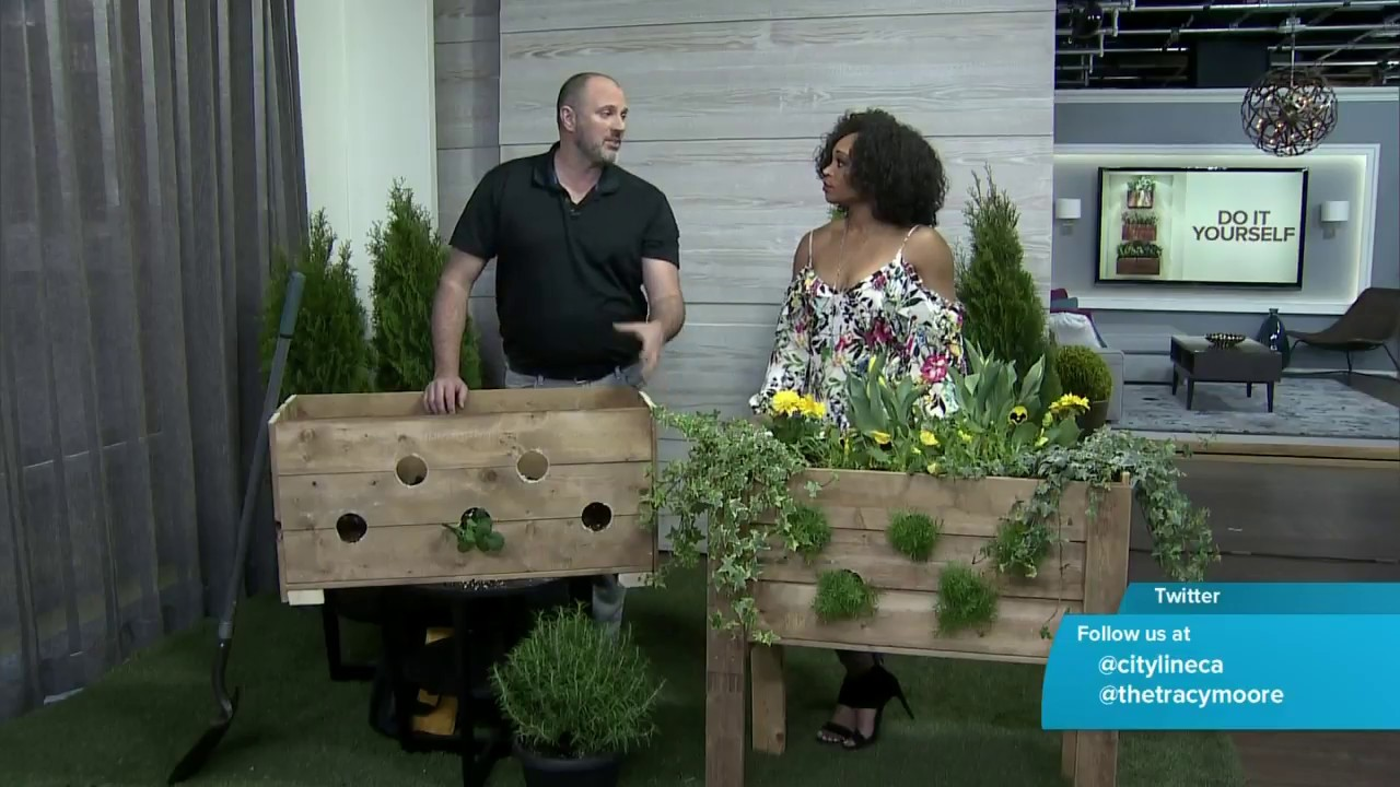 How to DIY a pallet planter box