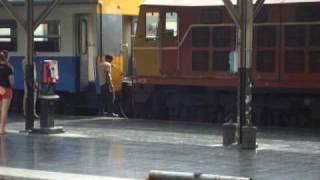 機関車と客車の連結