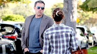 Ben Affleck And Jennifer Garner Have An Intense Chat In Brentwood