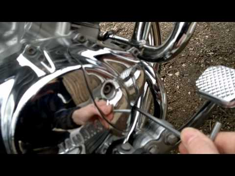 Yamaha Virago 535 motor oil changing