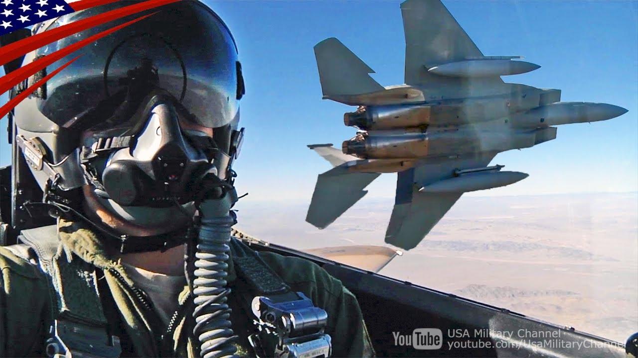 すごい迫力のF-15イーグル戦闘機...