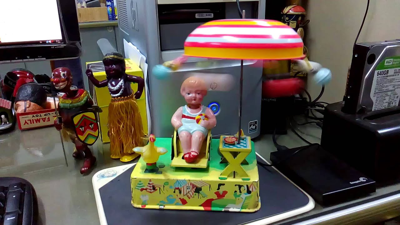 Happy Life Wind Up Tin Toy Ck Alps Japan Youtube