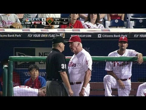 ATL@PHI: Manuel, Rollins tossed for arguing call