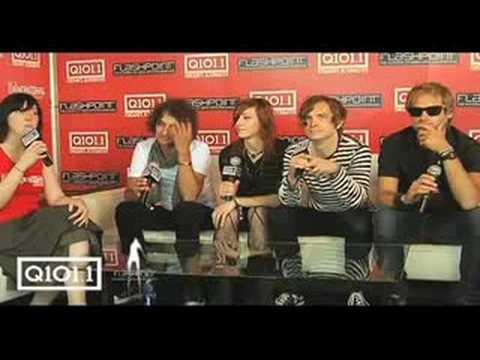 Electra interviews Melismatics at Lollapalooza