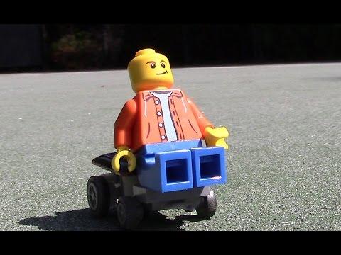 Minifigure riding clean energy car