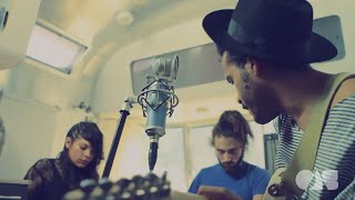 Twin Shadow - When We're Dancing | Live at OnAirstreaming