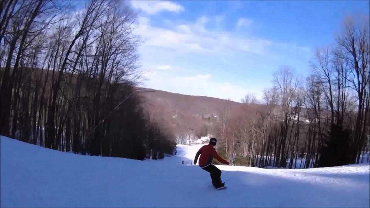 skiing mistletoe run at holiday valley ski resort in ellicottville