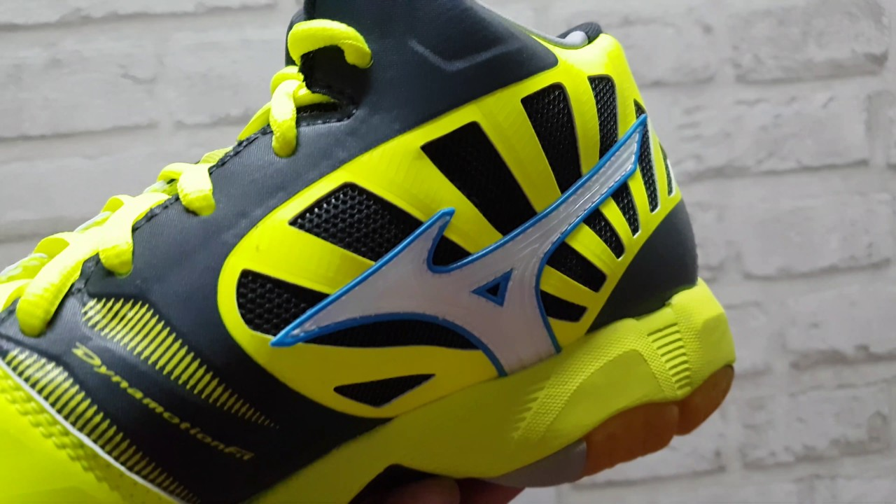 Sepatu Voli Mizuno Wave Tornado X MID V1GA 161701 Yellow - YouTube b66bd95043