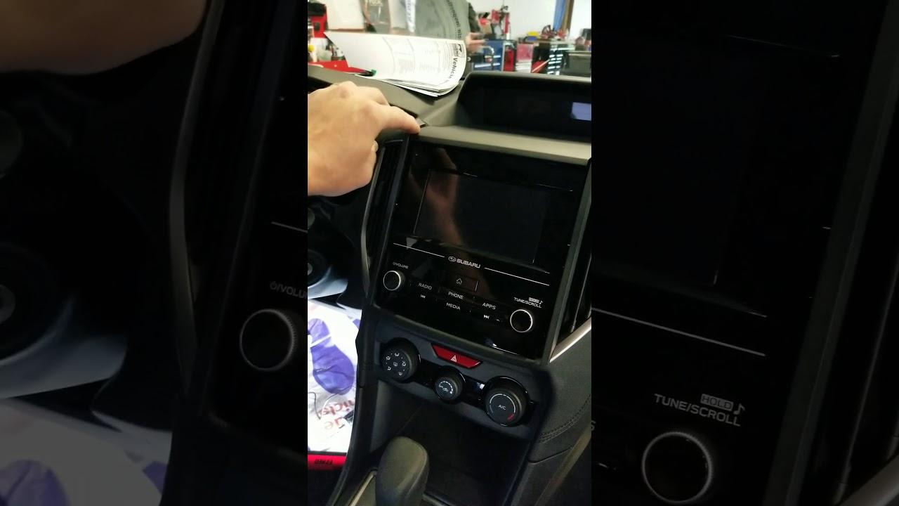 2018 Subaru Crosstrek Radio Removal