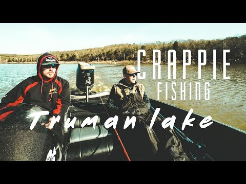 CRAPPIE FISHING (Truman Lake)