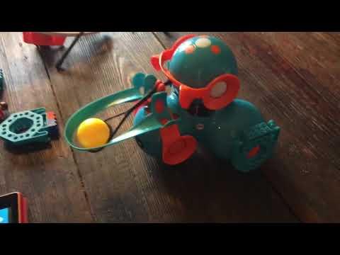 Setting Up A Wonderworkshop Dash Robot Ball Launcher