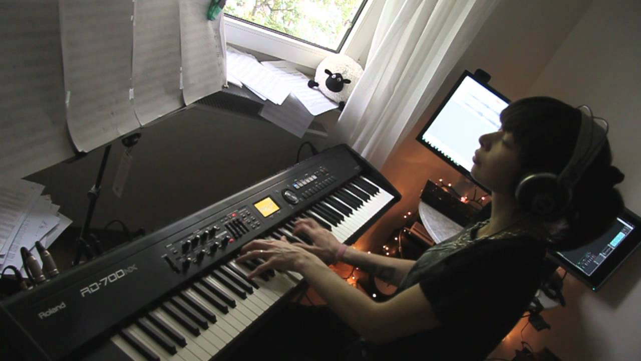 How to play good old fashioned lover boy on piano