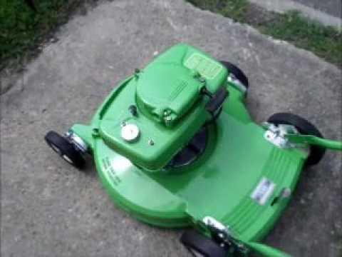 Vintage Lawn-boy Model 5004 Video
