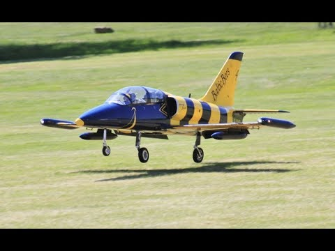 GIANT 1/3 SCALE RC TOMAHAWK L-39 ALBATROS DISPLAY - BEOTECH 220 - POTTER AT BARTONS POINT - 2017